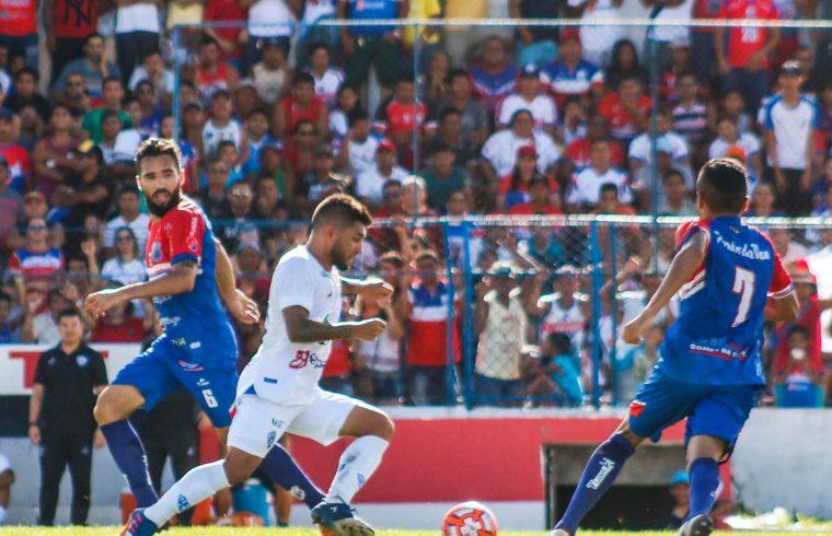 Coronavírus: FPF mantém jogos do Campeonato Paraense com portões ...